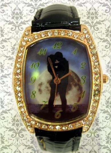 ceasuri de mana ornamentate cu cristale si cadran personalizat
