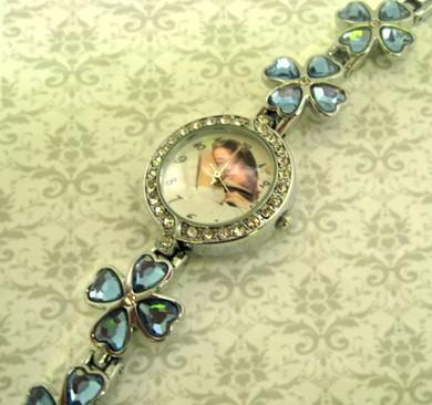 ceasuri de dama, curea metalica, ornamentate luxos, cadouri personalizate