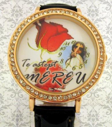 ceasuri de mana  mari personalizate cu poze, de dama, cadou pt ea