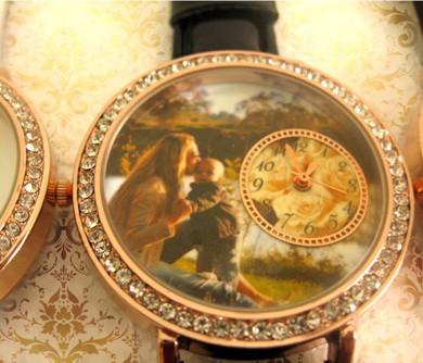 ceasuri de mana  personalizate cu poze, de dama, cadou pt ea
