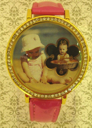 ceasuri mari pentru femei, ornamentat elegant cu cristale si personalizate cu poze