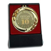 Medalie personalizata cu cutie rosie