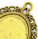 medalion oval auriu cu poza